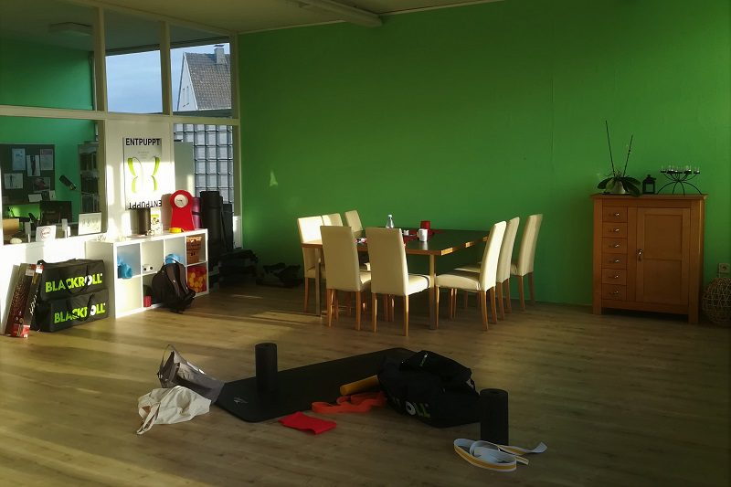 Das neue LCHFplus Büro - Trainingsfläche vorher